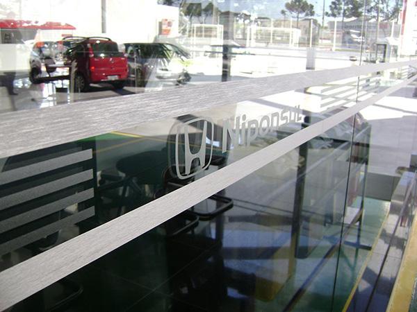 Adesivos para portas de vidros