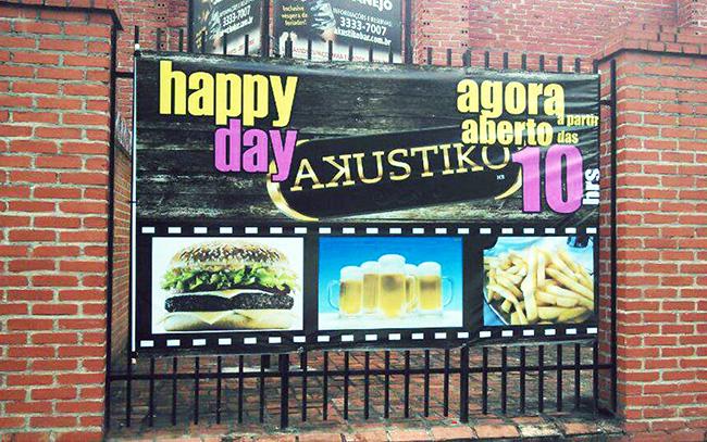 Banner com Impressão Digital na Fachada do bar.